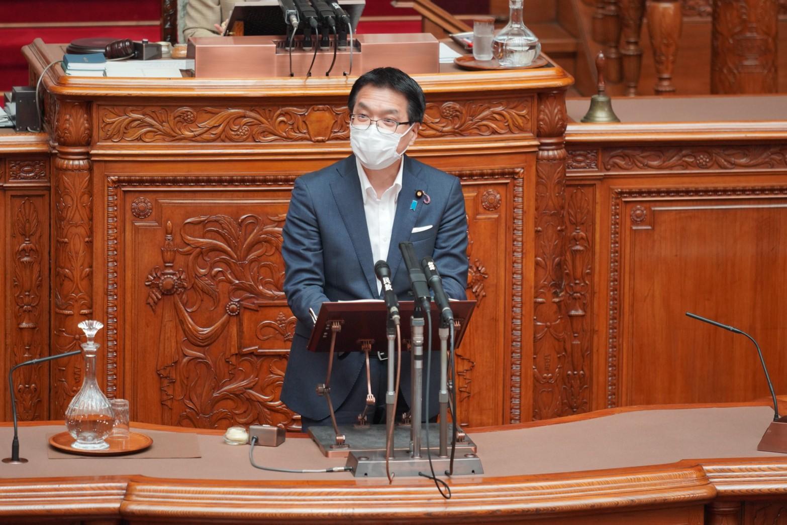 【参本会議】浜口誠企業・団体委員長が「航空法等の一部を改正する法律案」について質疑